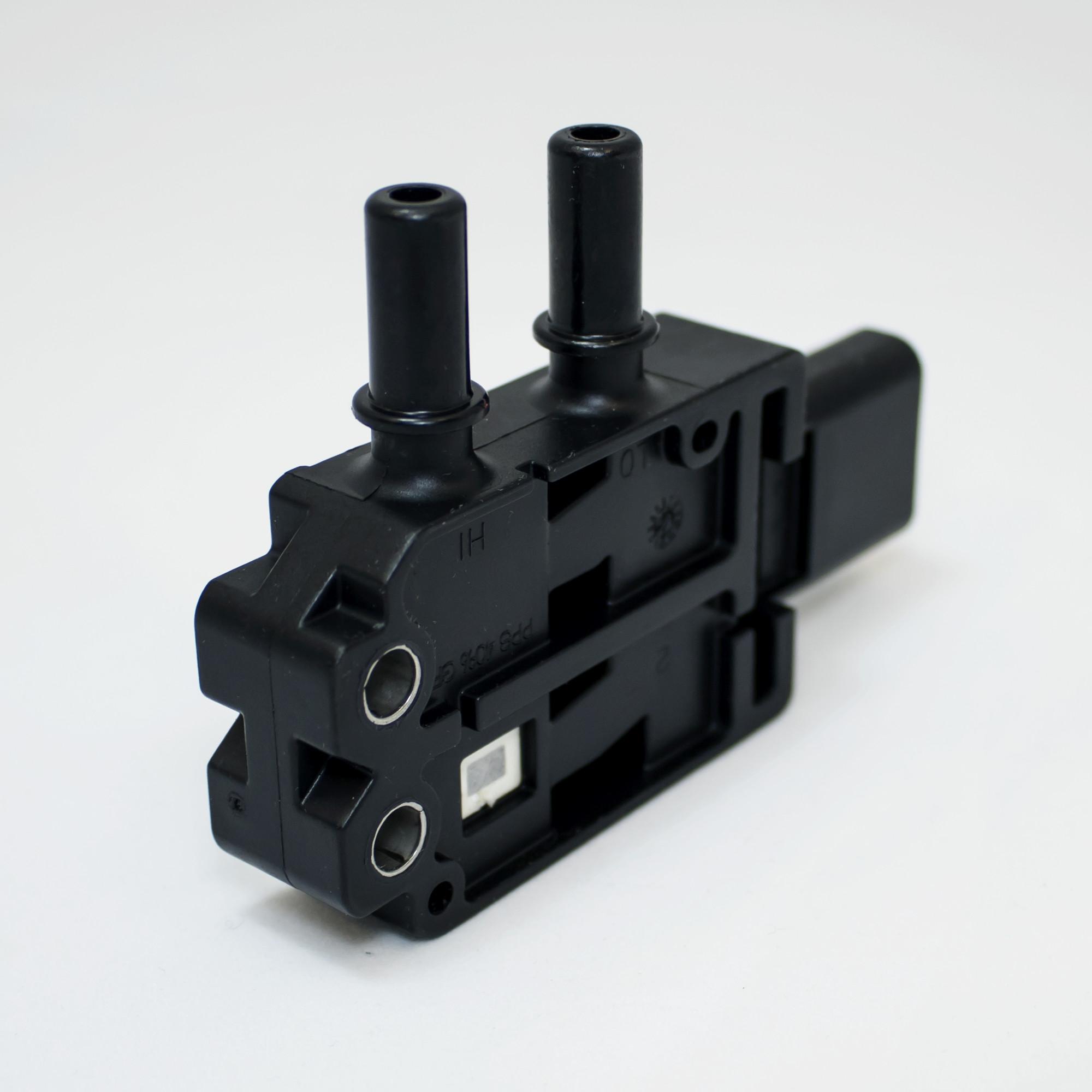 Diesel Particulate Filter (DPF) Differential Pressure Sensor | 2871960,  4984187
